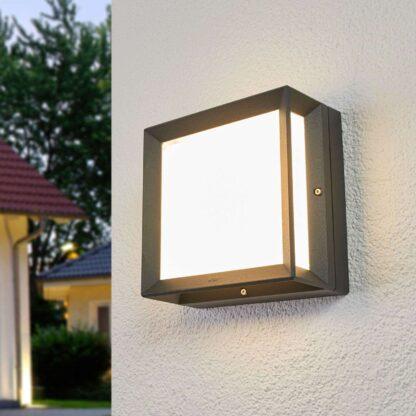 Bega – kantig LED-utomhusvägglampa Duran – IP65